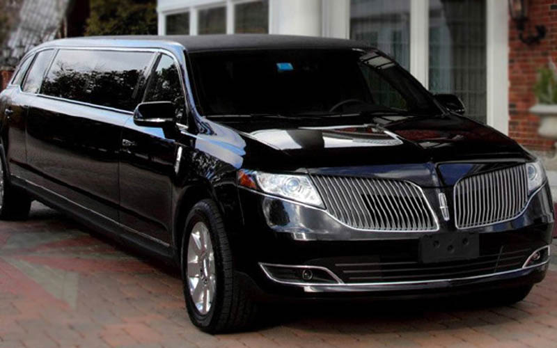 LIMOUSINE – Lincoln MKT Stretch
